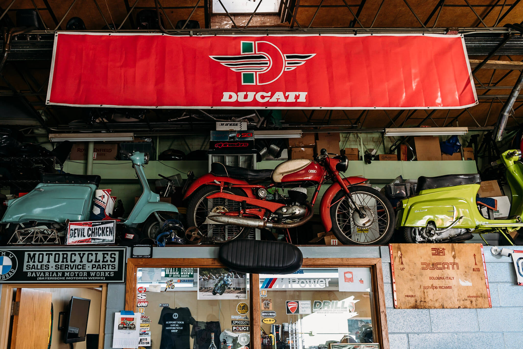 moto & motor Motorcycle shop